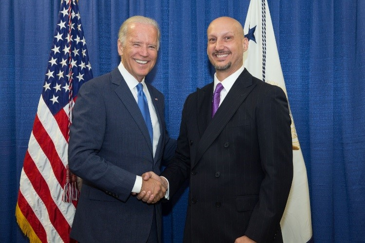 Infinera's Fred Kish and Vice President Joe Biden at the Announcement of the Manufacturing Innovation Institute for Integrated Photonics Innovation Hub in Rochester, New York.